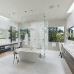 Bathroom glass by Euroline