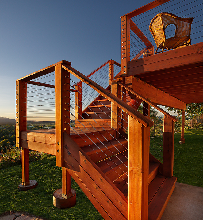 Humboldt Redwood deck with redwood stairs