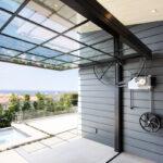 Opening Euroline glass door